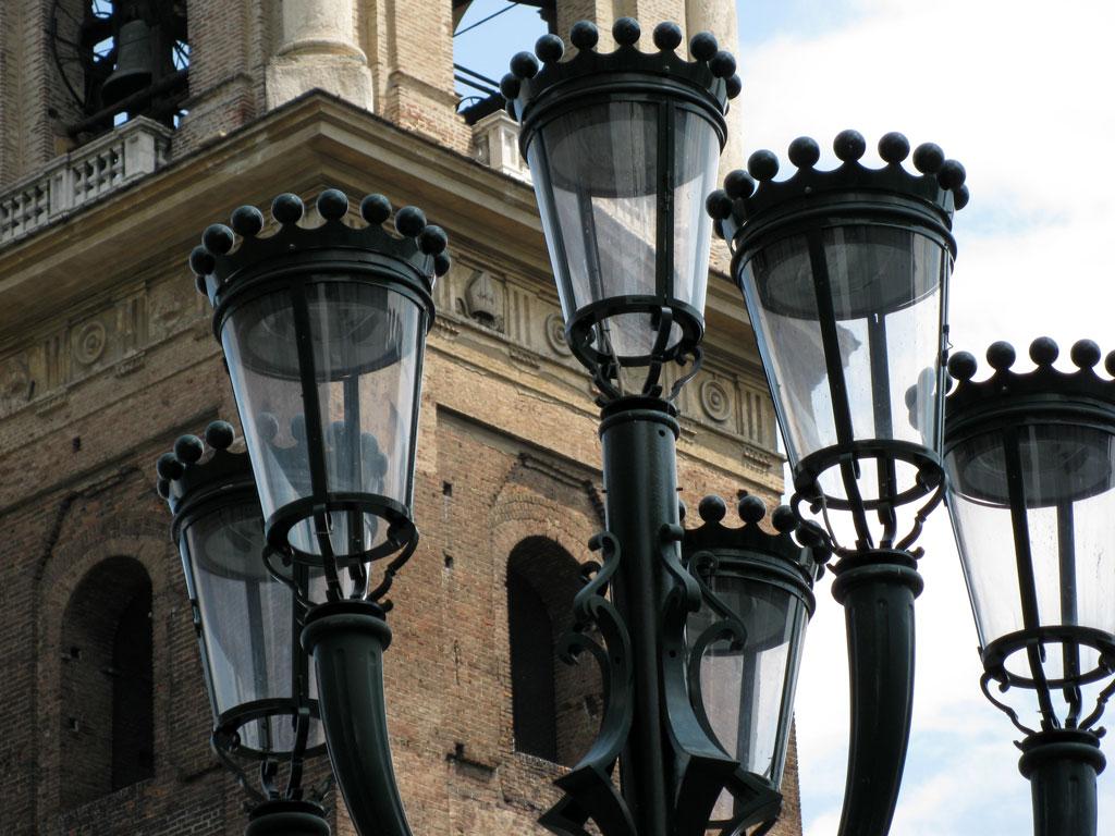 Torino: Piazza San Giovanni (piazza Duomo)