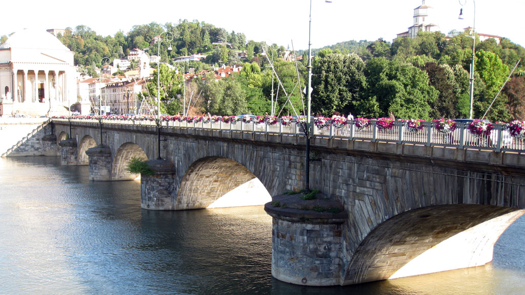 Torino: Ponte Vittorio Emanuele I